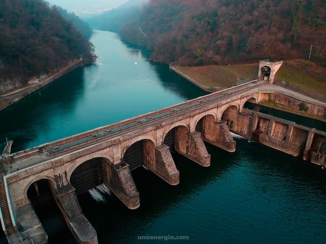 hidroenergia ventajas y desventajas